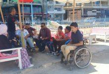 لذوي الاحتياجات الخاصة .. كراسي متحركة وطرق خاصة بشواطئ الإسكندرية (صور)